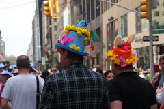 IMG_6870 (neatnessdotcom) Tags: easter bonnet parade 2017 hats costumes new york city 5th avenue manhattan nyc tamron 18270mm f3563 di ii vc pzd canon eos rebel t2i 550d