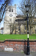 Waltham Abbey Church - Essex (Mark Wordy) Tags: walthamabbey church essex lamppost signpost royalgunpowdermills