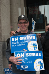 20170428_USW_Solidarity_Demonstration_Toronto_248.jpg (United Steelworkers - Metallos) Tags: manifestation demonstration usw d5 metallos union district5 syndicat glencore cezinc demo stockexchange toronto canlab