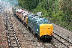 Classic Convoy 2 (JohnGreyTurner) Tags: uk tractor train br diesel 33 transport engine rail railway brush locomotive preserved 37 55 31 convoy didcot oxfordshire ee growler type3 syphon siphon type2 deltic englishelectric class37 class55 class33 class31 brcw