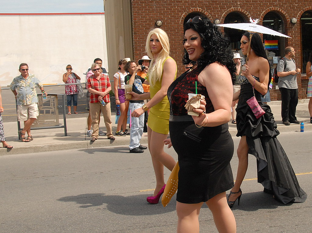 Transvestite community hamilton ontario