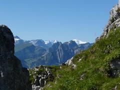 Mont Blanc - beyond the Saanenland. (golden road) Tags: mountain berg montagne landscape schweiz switzerland suisse hiking svizzera paysage landschaft wandern montblanc hillwalking saanenland jaun prealpes gastlosen prealps voralpen cantonbern pralpes wandflue cantonfribourg wandfluh