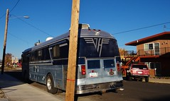 RV like it's 1984! (rickele) Tags: bus oregon coach tour rv lakeview motorhome vanhalen us395 classa ushighway395 usroute395 or140 dieselpusher orhwy140 orhighway140