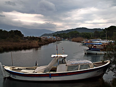 Somewhere along the Turkish Coast on a rainy day, 07 (Andy von der Wurm) Tags: trip vacation holiday water rain turkey boats coast wasser europa day tag urlaub trkiye boote trkei rainy somewhere turkish regen regnerisch reise tuerkei kste kueste irgendwo hobbyphotograph trkischen tuerkiye andreasfucke andyvonderwurm tuerkischen
