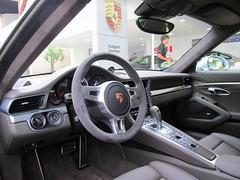 Porsche 991 Turbo (Rodrigo Valdevino) Tags: turbo porsche 991 vision:outdoor=056 vision:car=0588