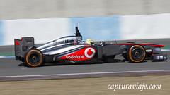McLaren MP4-28 - Sergio Perez - Barrido I - Entrenamientos F1 Jerez 2013 (www.capturaviaje.com) Tags: españa david canon f1 andalucia deporte fone cádiz formula1 franco jerez circuito grimaldi 70300 mclarenmercedes barrido automovilismo 550d paneo sergioperez espaã±a cã¡diz mp428 dgrimaldi wwwcapturaviajecom capturaviaje