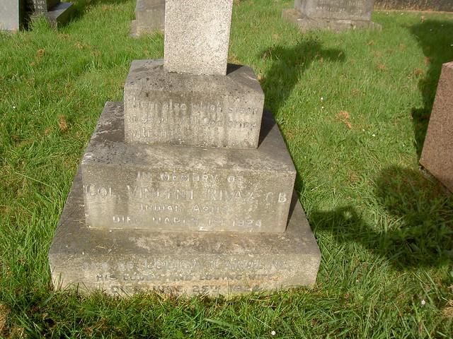 rivaz_headstone2