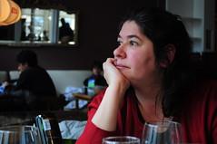 Mirando por la ventana (Manutero) Tags: portrait retrato pensativa