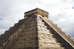 Mexico (ChecaPablo) Tags: cactus dog hot history mexico pyramid maya aztec chichenitza tropical azteca piramid rango