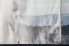 Le jet d'eau (ciccilla priscilla (Anna Vilardi)) Tags: schweiz switzerland geneve svizzera acqua fontana ginevra jetdeau genf suiss