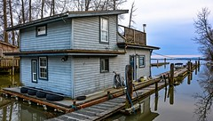 Gateway to the past ( Finn Slough / Fraser River ) (Christie : Colour & Light Collection) Tags: fraserriver bc canada richmond steveston finnish settlers britishcolumbia residents metrovancouver river slough woodenhouses floathome riverbank hff finnslough finnishsettlers