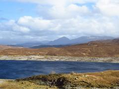 8589 Loch Quoich (Andy - Busyyyyyyyyy) Tags: 20170319 ccc clouds glenquoich lll lochcuiach lochquoich mmm mountains qqq reservoir rrr scotland sunny water www