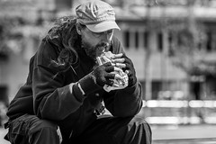 Big hunger (phil1496) Tags: portrait faim hunger monochrome bw d7100 streetview