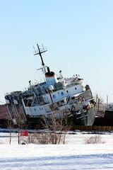 Kathryn Spirit (pegase1972) Tags: ship boat québec quebec qc canada monteregie montérégie winter hiver snow neige abandoned
