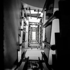 @Higashi-azabu, Tokyo (Masahiko Kuroki (a.k.a miyabean)) Tags: bw monochrome noiretblanc square architecture stairway xt2 fujifilmebcxf1855mm1284rlmois 東麻布 階段 東京
