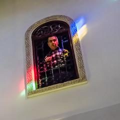 Curiosity (ristoranta) Tags: marokko man window värit ikkuna mies fes henkilö rakennus fesboulemane morocco ma curiosity