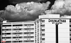 Double Tree by Hilton (MBates Foto) Tags: architecture availablelight blackandwhite buildings daylight monochrome nikkorlens nikon nikond810 spokane washington unitedstates 99201