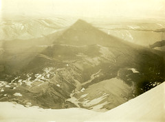P1.OR1.040 (American Alpine Club Photo Library) Tags: summits mounthood mountains rivers newtoncreek