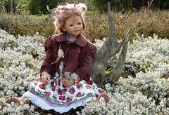 Anne-Moni (Kindergartenkinder) Tags: kindergartenkinder annette himstedt dolls grugapark essen gruga frühling annemoni blumen personen kind