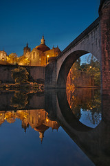 Amarante (ferreira.ajbf) Tags: blue bluehour amarante portugal river tâmega sãogonçalo rio buildings old historic reflection landscape yellow colours stone sky water