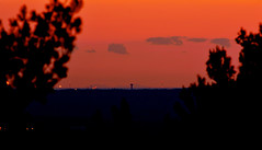 Canigou vu de la Tour de César 28 04 2017 (bruno Carrias) Tags: tourdecésar canigou sunset soleil provence provencealpescôtedazur bouchesdurhône aixenprovence
