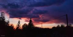 Coucher de soleil (Léa Bonis) Tags: lumière sunset coucher de soleil aveyron nuage cloud soir night