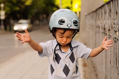 Oblyoho (Marin Nikolov) Tags: shirt lens eyes hug toddler helmet af 60mm micronikkor f28d marinnikolov