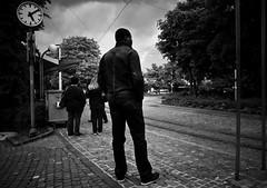 17:09 (gato-gato-gato) Tags: street bw white black blanco monochrome digital person schweiz switzerland abend flickr noir suisse strasse zurich negro hard streetphotography pedestrian mai human pointandshoot gr monochrom zrich escher svizzera sonne weiss zuerich blanc ricoh ricohgr schwarz onthestreets passant zri mensch sviss  fruehling autofocus feierabend langstrasse zwitserland kreis5 isvire zurigo werd kreis4 fussgnger zueri industriequartier aussersihl wyss strase gewerbeschule   kreischeib grd4 gatogatogato fusgnger gatogatogatoch wwwgatogatogatoch  ricohgrdigitaliv