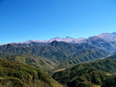 Estancias (Mokillo) Tags: viaje trees light vacation sky sunlight mountain verde colors clouds north valle paisaje dia colores cielo valley nubes villa montaa norte