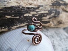 Recycled copper toe ring weaved with Turquoise (spiralcraft) Tags: summer beach wire toe recycled spirals turquoise rustic ring copper swirl pearl minimalist weaved wirewrapped