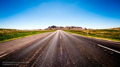 Twenty to 12 (josefrancisco.salgado) Tags: road blue verde green azul southdakota nikon carretera nikkor badlandsnationalpark rockformation d4 16mmf28dfisheye fullframefisheye 2013071727022