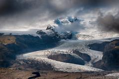 Hrtrjkull (Kristinn R.) Tags: sky snow mountains ice clouds iceland nikon glacier vatnajkull breiamerkurjkull nikonphotography hrtrjkull nikond300 kristinnr vatnajkullsjgarur