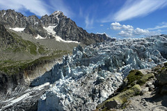 Argentire, front du glacier (Ytierny) Tags: france horizontal montagne altitude front glacier chamonix rocher alpinisme hautesavoie sommet aiguille argentire srac massifdumontblanc alpesdunord paysagealpin ytierny