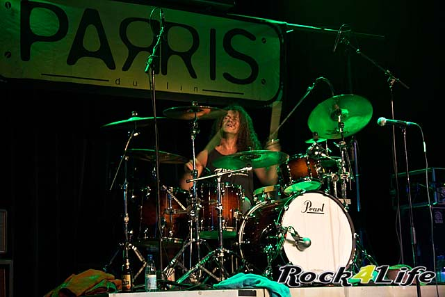 Parris Thin Lizzy Tribute (4)