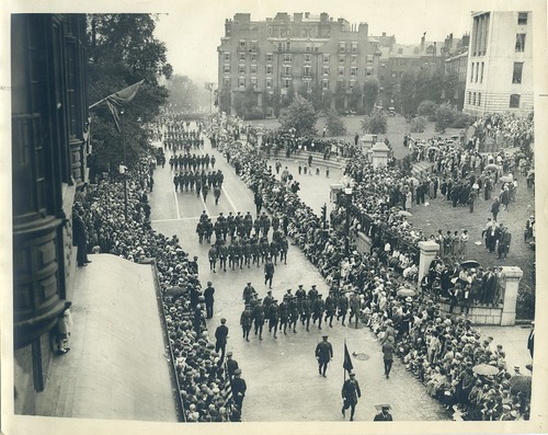Victory Parade, 101st Regiment passing State House