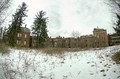 State hospital, winter (Lilly Pfizer) Tags: winter abandoned fog statehospital nikon105mm psychiatriccenter