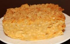 Baked Macaroni and Cheese (Thriving Vegetarian) Tags: pasta vegancooking vegetariancooking vegetariandinners vegandinners