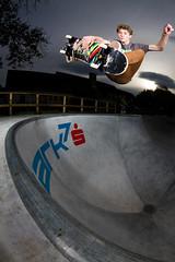 Morris Deuring - Indie (lui summer) Tags: park sports pool sport canon feldkirch crazy skateboarding extreme skating deep bowl fisheye tokina skatepark skate end skateboard trick skateboards stunt oberau skaten fischauge strobist giesingen
