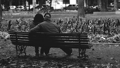 foi tão difícil dar um título que desisti (quedy!) Tags: couple casal old people velhos bench banco love amor winter inverno cold frio
