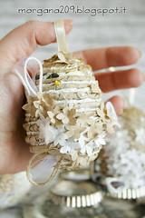OvetteShabby_13w (Morgana209) Tags: ovetti uova decorazione shabby easter pasqua riciclo cartadapacco sacchettodelpane fiorellini perline fattoamano handmade diy creatività riciclocreativo recupero