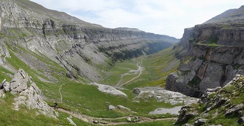 Valle glaciar en U - Parque Nacional de Ordesa (Huesca, España) - 01