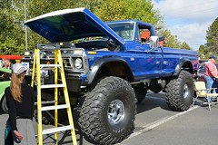 Bigfoot (swong95765) Tags: huge raised tall truck ford oversized supersized ladder monster enormous