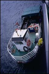 2003-06-23-0027.jpg (Fotorob) Tags: travel analoog vaartuig allesmobiel veerboot bootreizen schotland scotland eigg highland