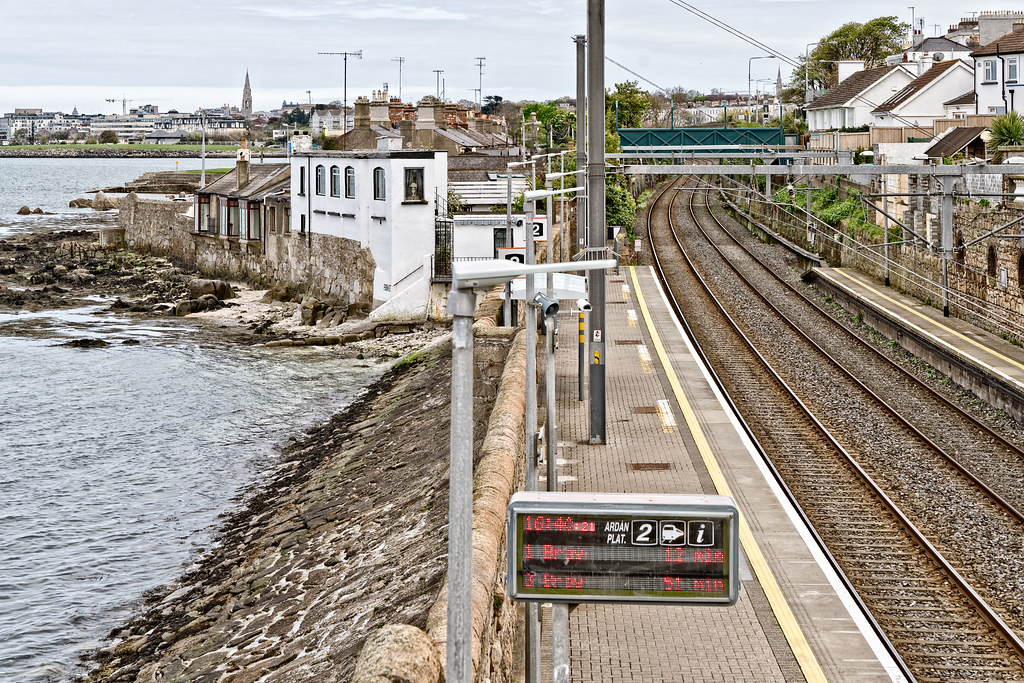 SEAPOINT RAILWAY STATION [ON THE OLD DUBLIN AND KINGSTON LINE]-126925