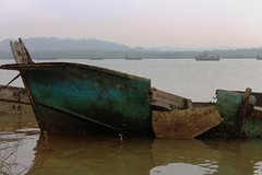 IMG_4813 (anthrax013) Tags: forgotten broken boats boat river sea seaside everyday life fisherman texture necro necrophilia abandoned