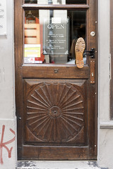 Door in Luxembourg (Ingunn Eriksen) Tags: doorhandle luxembourg nikond750 nikon europe
