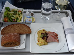 201701027 AB7248 TXL-JFK lunch (taigatrommelchen) Tags: 20170105 flyingmeals airplane inflight meal food lunch business ber airberlin ab7248 a330200 dabxd txljfk