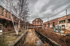 (A Great Capture) Tags: agreatcapture agc wwwagreatcapturecom adjm ash2276 ashleylduffus ald mobilejay jamesmitchell toronto on ontario canada canadian photographer northamerica torontoexplore spring springtime printemps 2017 evergreen brickworks building donvalley historic explorethedonvalley superpark efs1018mm 11mm architecture buildings wideangle overcast dark clouds cloudy moody