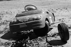 Bairro República JM - Wir Caetano - 08 04 2017 (7) (dabliê texto imagem - Comunicação Visual e Jorn) Tags: bairro república monlevade carro brinquedo