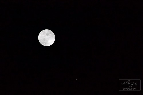 "Moon and Jupiter • <a style=""font-size:0.8em;"" href=""http://www.flickr.com/photos/104879414@N07/33824417052/"" target=""_blank"">View on Flickr</a>"
